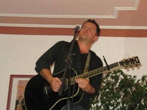 DERRIN NAUENDORF live in Konzert – ABGESAGT bzw. VERSCHOBEN AUF 2015
